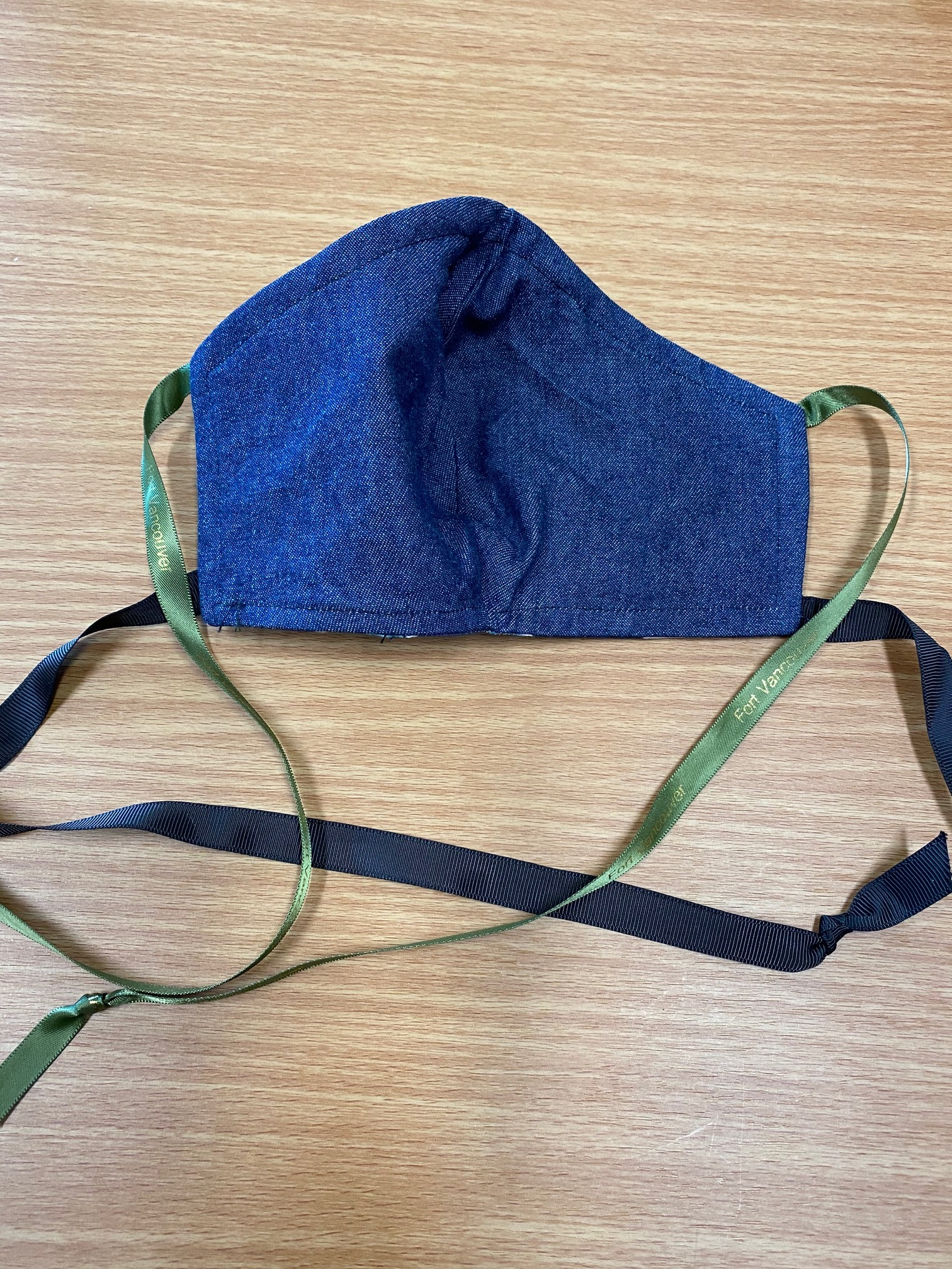 Exclusive Fort Vancouver Cloth Mask Blue SIZE Medium