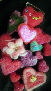 Sweet Heart Pin Workshop with Fiber Artist Juneko Martinson